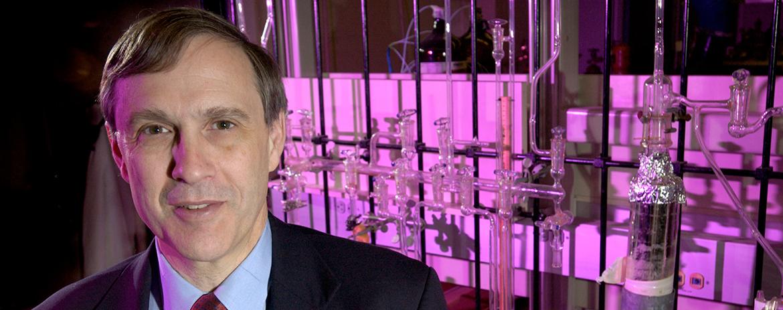 Dr. Steven Suib
