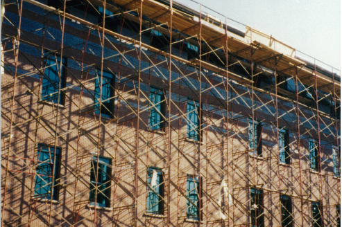 scaffolding on chemistry building